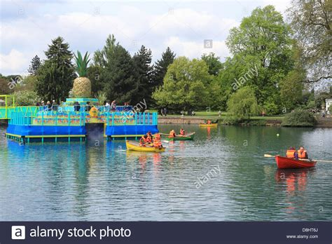 River Boat To Kew Gardens by To Kew Gardens By Boat Garden Ftempo