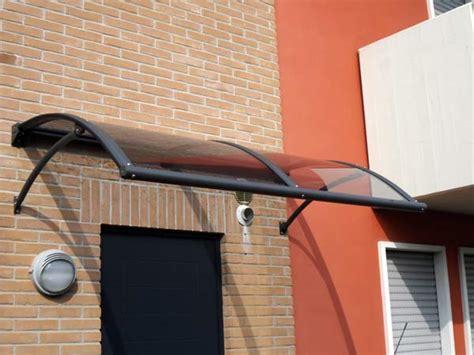 tettoie per esterni in policarbonato produzione pensiline tettoie bologna modena carpenteria