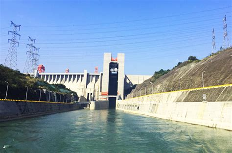 Yangtze Boat Lift by 8 Days Chengdu Leshan Emei Yangtze River Cruise Tour