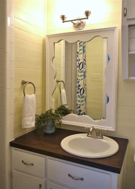 tiny condo bathroom makeover    addicted