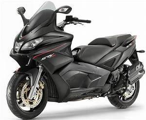 Scooter Aprilia 850 : 47 best maxi scooters images on pinterest mopeds sport and motor scooters ~ Medecine-chirurgie-esthetiques.com Avis de Voitures