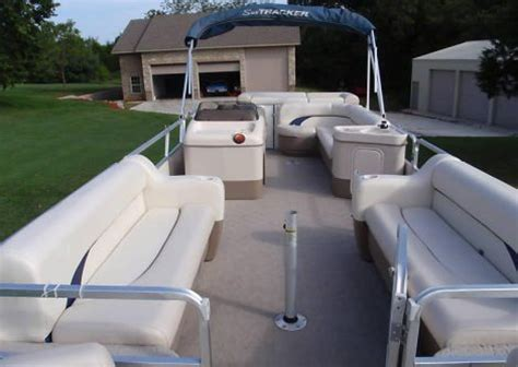 Fishing Boats For Sale Jonesboro Ar by 2004 24 Foot Sun Tracker Barge Pontoon Other For