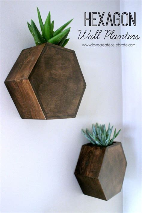dining room table centerpiece ideas 15 easy diy reclaimed wood projects homelovr