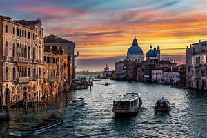 postcard from venice traffic over the grand canal the With grand canapé