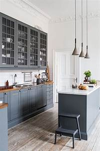 Kitchen kitchens with grey cabinets beach gray hgtv nurani for Best brand of paint for kitchen cabinets with billiards wall art