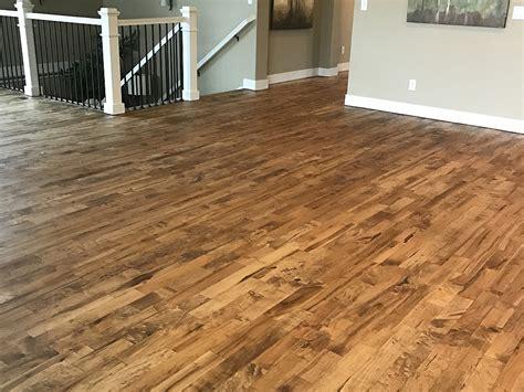 how to keep footprints laminate floors footprints floors littleton co read reviews get a bid buildzoom team r4v