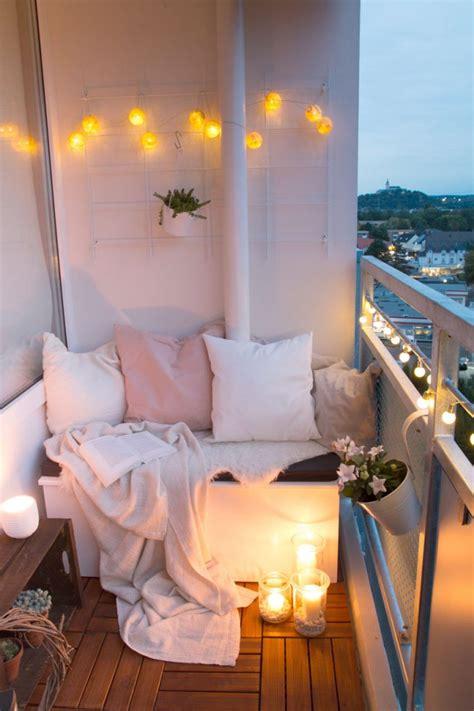 balkon sitz fuer europaletten fur kleinen terrasse paletten