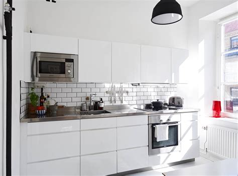 white kitchen with white subway tile white subway tile kitchen ifresh design 2107