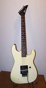 Charvel Model 2 1988 White