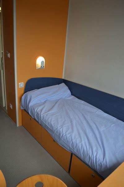 chambre des commerces reims chambre 9m à 18m m2 meublé en résidence crous reims