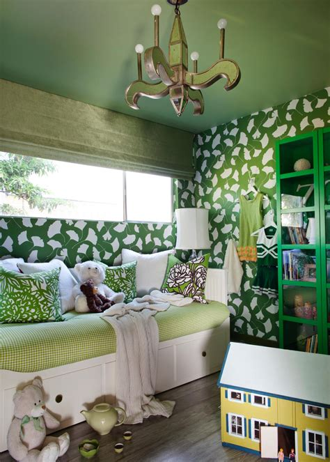 layering green   girls bedroom hgtv
