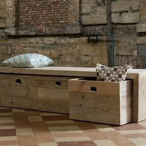le banc de rangement un meuble fonctionnel qui With exceptional meuble salon noir et blanc 10 meubles sdb amenagement de salle de bain dressing