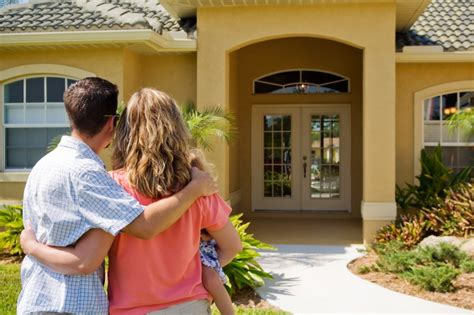 what to expect when buying your first house