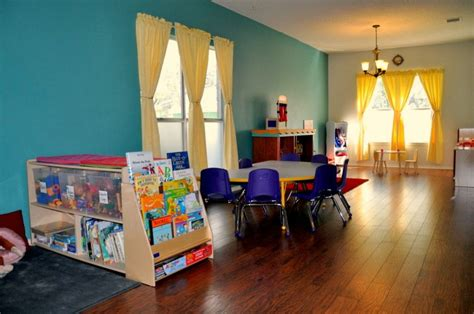 28 paint colors for home daycare sportprojections