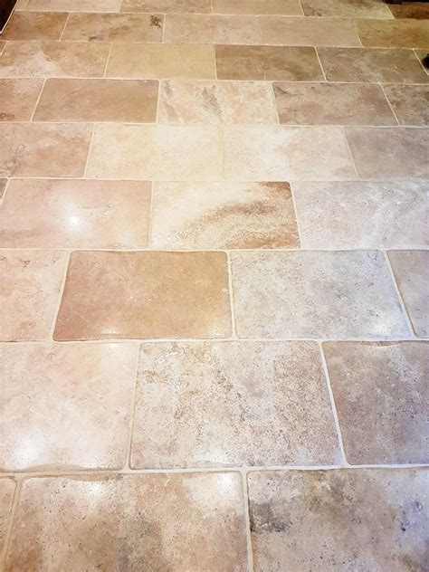 cleaning and sealing bullnose travertine tiles in