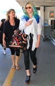 Kesha at LAX Airport
