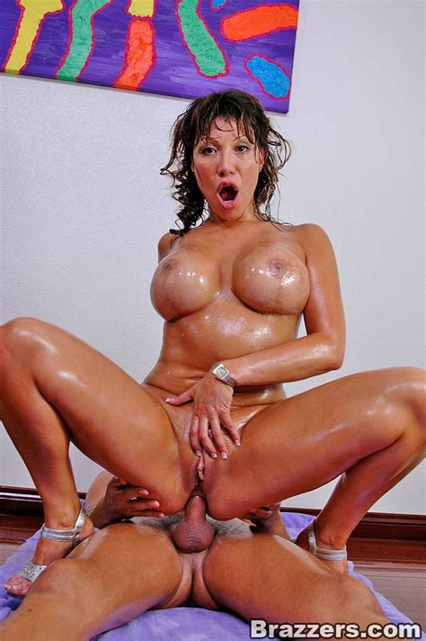 Official Big Ass Anal Slut Video With Ava Devine