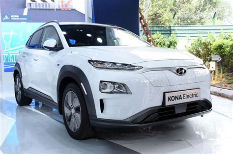 Hyundai kona electric hyundai kona electric is a 5 seater suv available in a price range of rs. Hyundai Kona EV India launch, price to be revealed on July ...