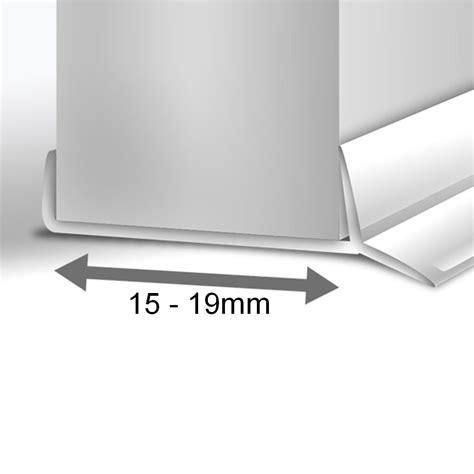 3 Meter Sockeldichtung Küchensockel Abdichtungsprofil 15
