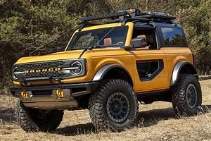 2021 Ford Bronco | HiConsumption