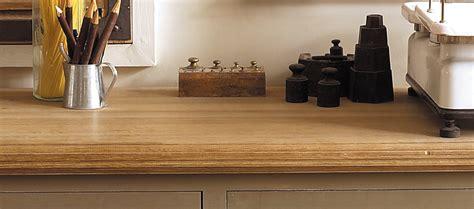 renover meuble de cuisine huiler un meuble en bois comment utiliser l 39 huile bois