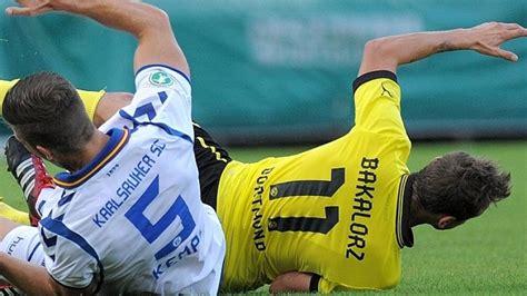 Dominik #wanner erhöht auf 2:0 für den #bvb! BVB 2 stürzt nach 0:3-Schlappe gegen KSC auf Abstiegsplatz ...