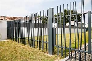 Cloture Maison Moderne : cloture portillon portillon gris anthracite pas cher ~ Melissatoandfro.com Idées de Décoration