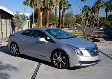 2018 Cadillac Elr Expected To Debut This November At The
