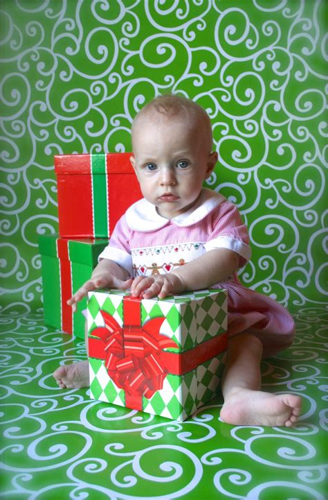 Diy Photo Backdrop With Wrapping Paper by Another Wrapping Paper Backdrop From Hobby Lobby Do It