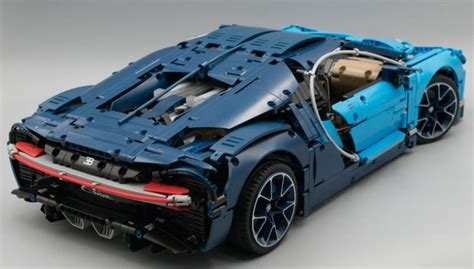 As it was mentioned in the video this was only a test to show how big and heavy the bugatti is for the motorization. J'ai testé pour vous : LEGO Technic 42083 Bugatti Chiron - HOTH BRICKS | Technique lego, Lego ...