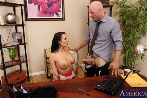 Alektra Blue And Johnny Sins In Naughty Office – Naughty
