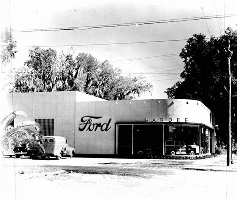 Hardee Ford dealership   Madison, Florida.   Vintage