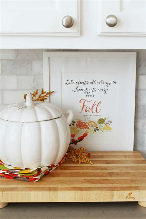 Fall Decorating Ideas For Kitchen by Easy Fall Kitchen Decorating Ideas Clean And Scentsible
