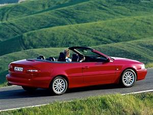 Volvo C70 Convertible  2001  - Picture 21 Of 39