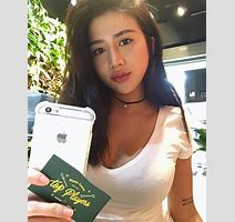 Meet The Taiwanese Woman Being Called The World S Sexiest Nurse