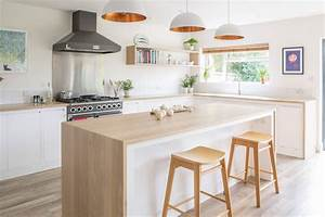 Ilot Central Bois : 1001 conseils et id es pour am nager une cuisine moderne blanche ~ Teatrodelosmanantiales.com Idées de Décoration