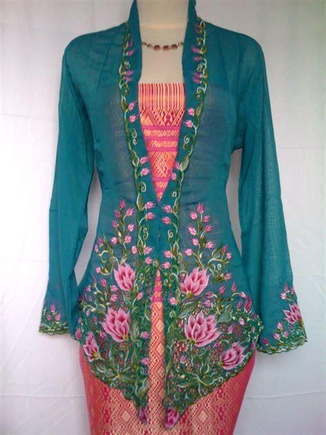 Costume Closet Jakarta by Traditinal Nonya Kebaya Costume Styling