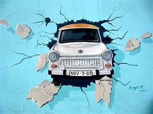 White Car Crash in Blue Wall Signature Painting · Free