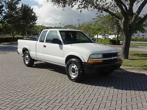 Sell Used 2003 Chevy S10 Extended Cab Pickup 3