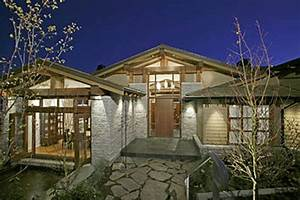 2456 Hudson Court - West Vancouver Homes and Real Estate