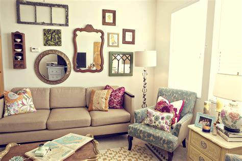 30 Eclectic Living Room Designs