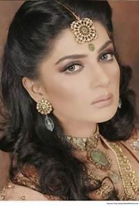 Indian Hairstyles For Short Hair Saree Hair