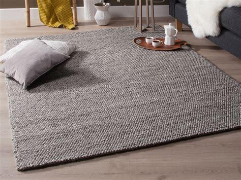cuisine des fleurs tapis tissé effet bouclé gris chellam 140x200 cm
