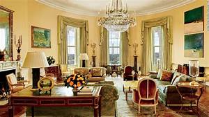 Look inside the obamas39 private living quarters cnn for The white house interiors