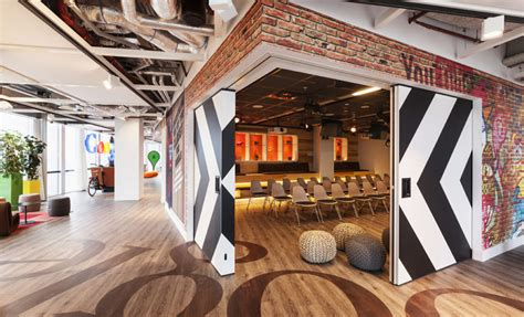 interior of shipping container homes kantoorinrichting inspiratie tips kantoor inrichten