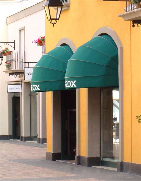 Tende Da Sole Cappottina Tenda Da Sole A Cappottina Modello Barletta Dcoperture