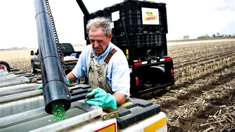 Monsanto Supreme Court by American Farmers Call On Supreme Court To Defend Against