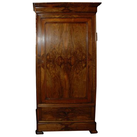Antique Armoire At 1stdibs