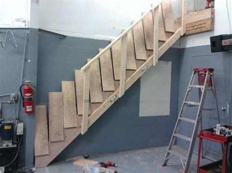 collapsible stairs garden   house staircase