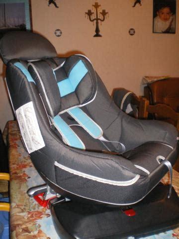 siege auto pivotant trottine prix siège auto pivotant trottine equipement bébé maison